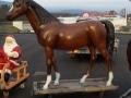 cheval en résine classique 002
