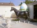 cheval en résine classique 013