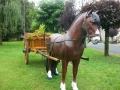 cheval en résine classique 017