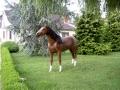 cheval en résine classique 028