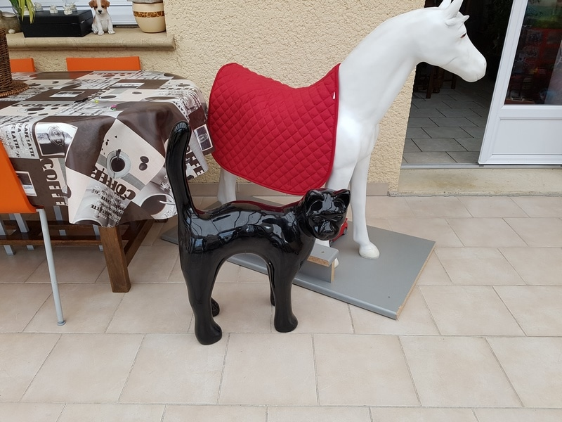 chien chat en résine design 019