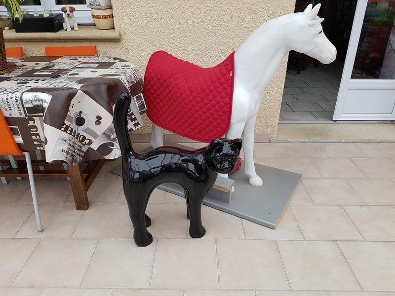 chien chat en résine design 070