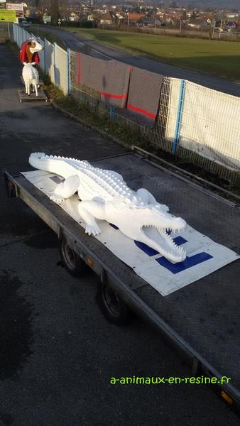 Crocodile animaux en résine classique  027