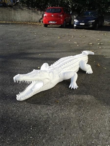crocodile en résine design 009