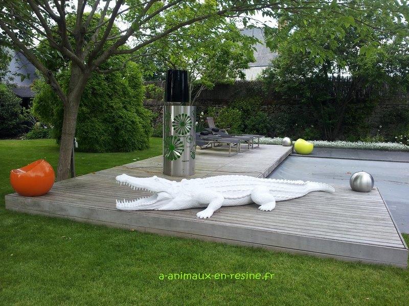 crocodile en résine design 012