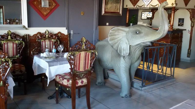 Eléphant animaux en résine classique  068