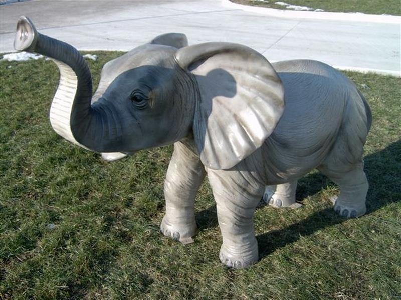 Eléphant animaux en résine classique  099