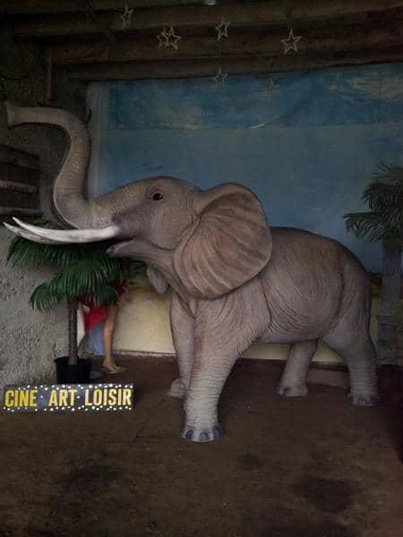 Eléphant animaux en résine classique  097