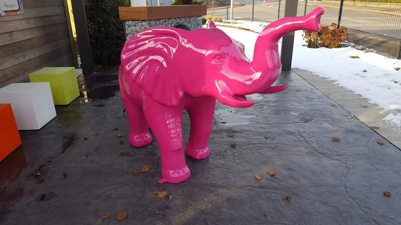elephant en résine design 016