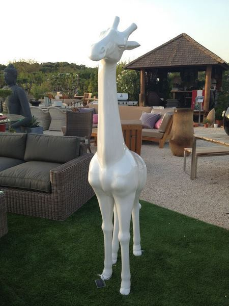 girafe en résine design 003