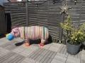 hippopotame en résine design rayures multicolore