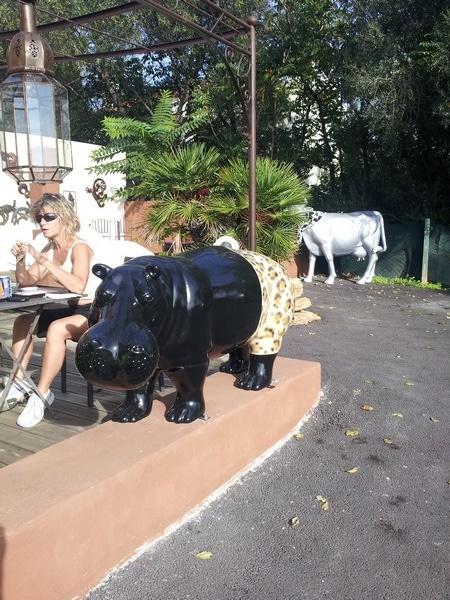 hippopotame en résine design 002