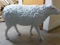 mouton  en résine  classique     006