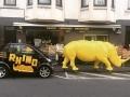 rhinocéros en résine design 007