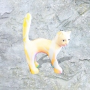 chat   en resine style saturation orange gris