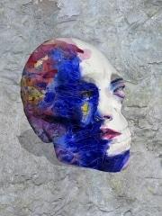 crane   en resine style visage