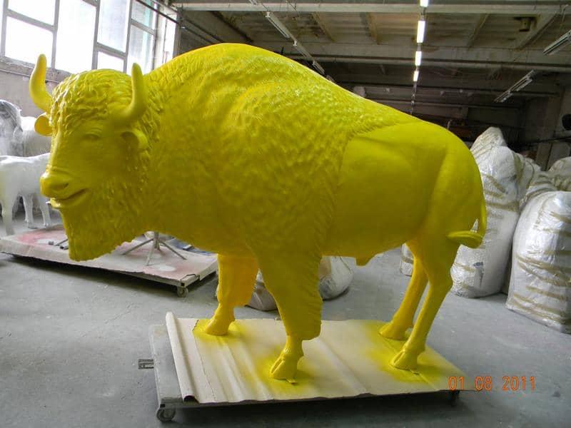 bison en résine design