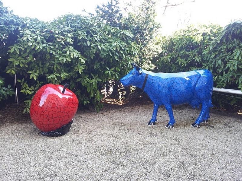 vache en résine  FR26 design 138