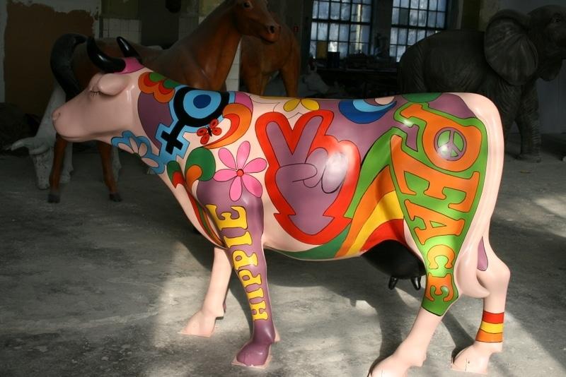 vache en résine FR26 design 151