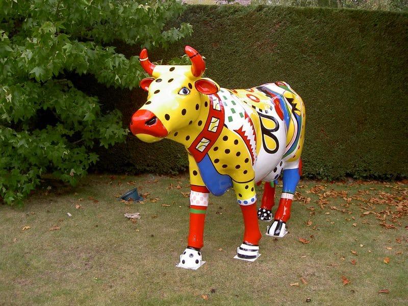 vache en résine FR26 design 160