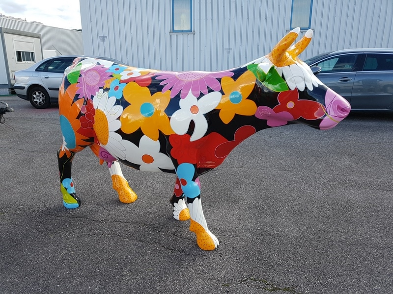 vache en résine FR26 flower design 014
