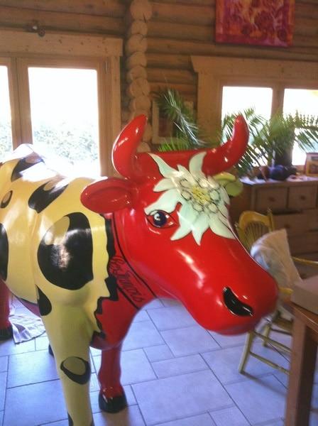 vache en résine  FR26design 154