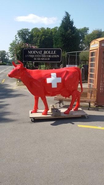 vache en résine L6 suisse design 031