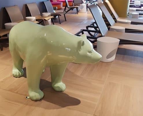 ours en resine vert pastel