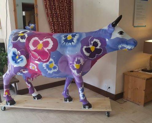 vache en résine thème pensées